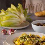 Pappardelle scarola, olive taggiasche e uvetta
