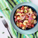 Insalata di patate rosse di colfiorito con pomodori e cipolla