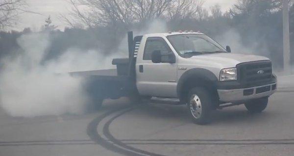 Tire Smokin U0026 39  F