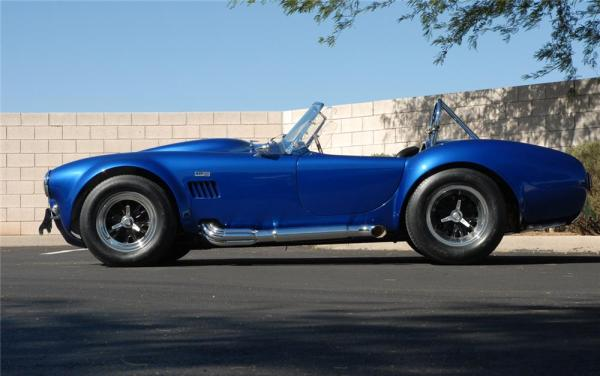 sole-surviving-shelby-cobra-427-super-snake-fetches-55-million-at-auction-video-photo-gallery_3