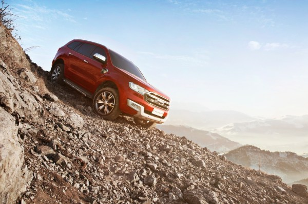 2015-ford-everest-debuts-in-thailand-will-be-manufactured-in-rayong-photo-gallery_7