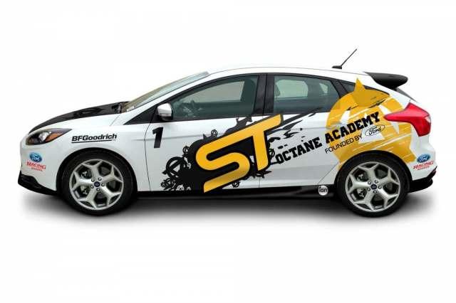 2013_FocusST_White_Drivers_2000x1333_073113-10-1200-800-61