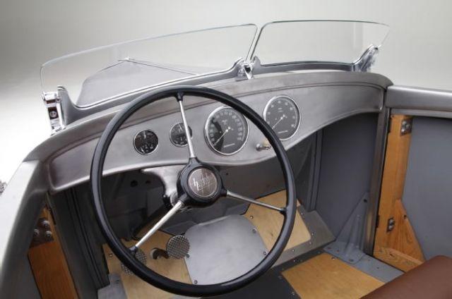 1932-ford-roadster-pickup-steering-wheel