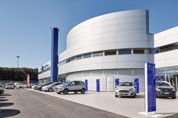 FordStore-Rome-1