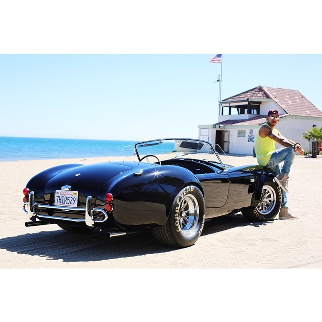 will-lewis-hamilton-drive-his-1966-all-original-427-shelby-cobra-at-gumball-3000_1