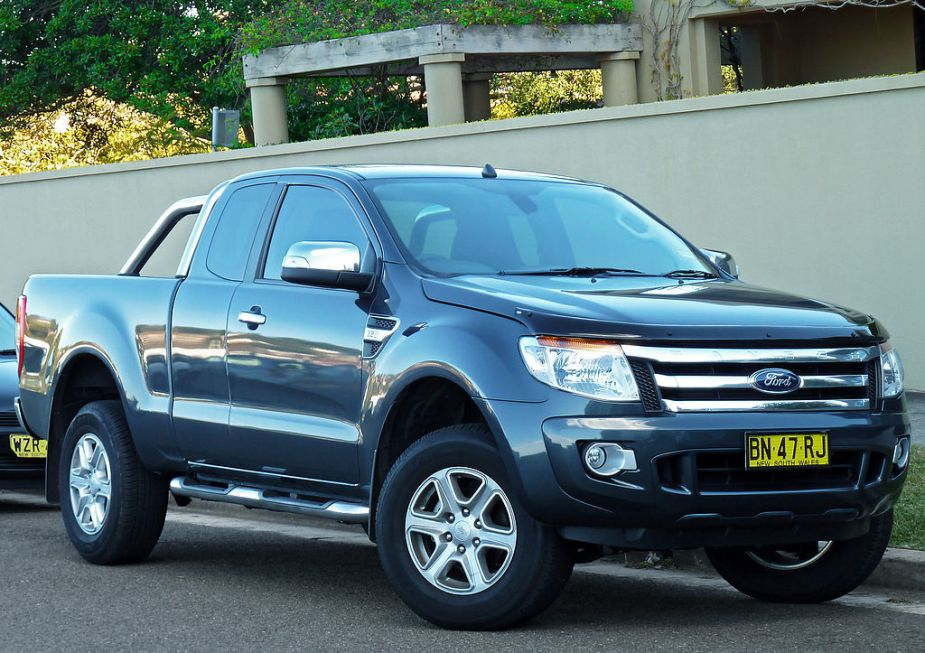 2011_Ford_Ranger_(PX)_XLT_High_Rider_4-door_Super_Cab_utility_(2012-07-14) (1)