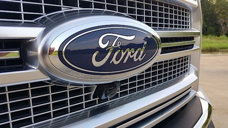 2015 Ford F-150 Platinum Review - 2015-07-01 20.07.42