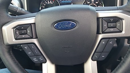 2015 Ford F-150 Platinum Review - 2015-07-01 20.09.24