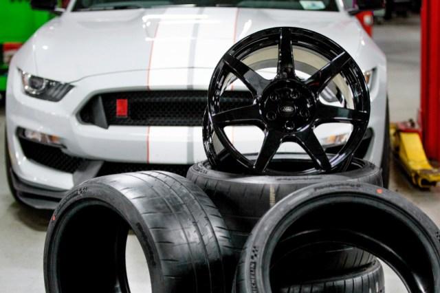 GT350R-Wheel