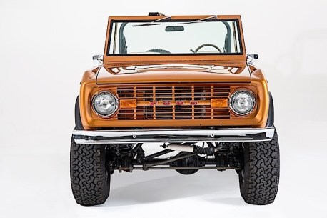 Ford Bronco - SaddleBronze-002