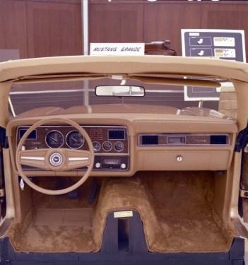 1974-mustang-steering-wheel