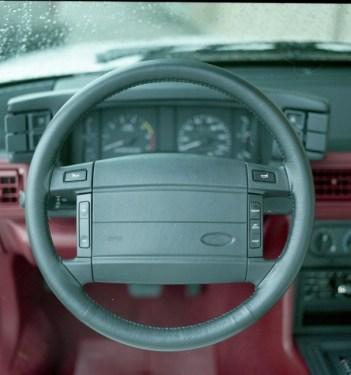 1990-mustang-steering-wheel
