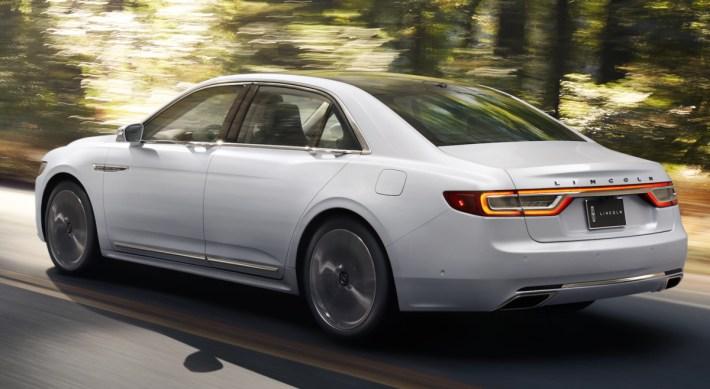 Lincoln-Continental-5