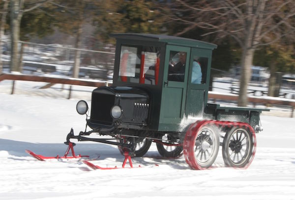 ford-snow-vehicles-1