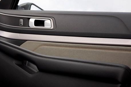 2017 Ford Explorer XLT Sport Appearance Package 17