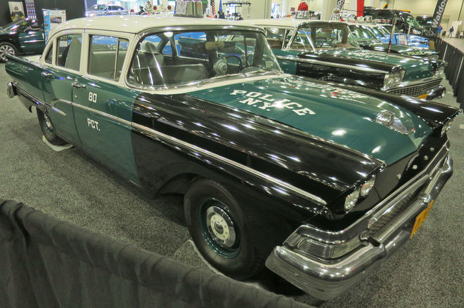 1958-Ford-front-three-quarter