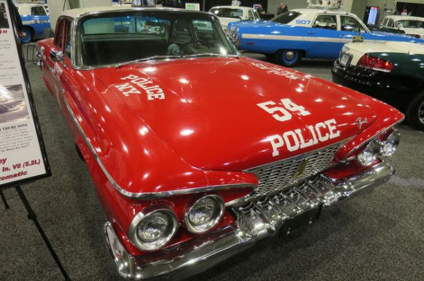 1961-Plymouth-Savoy-front-three-quarter