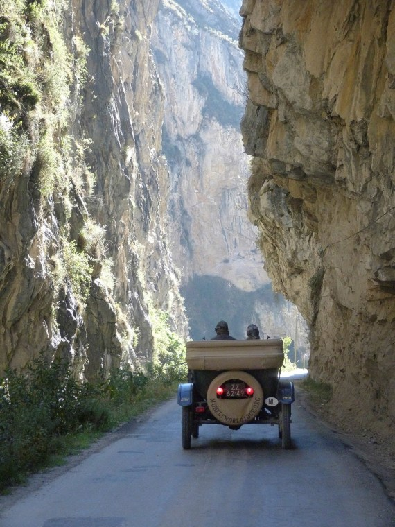 couple-drove-a-ford-model-t-50000-miles-around-the-world-many-more-miles-to-go_4