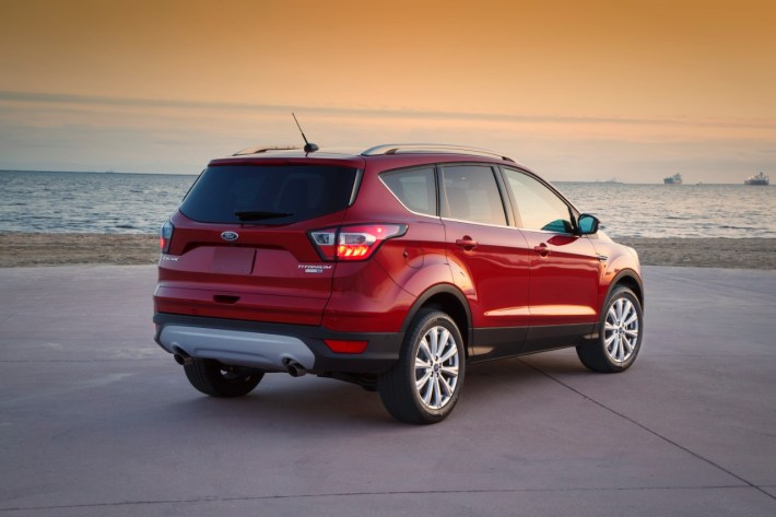 2017 Ford Escape and FordPass 9