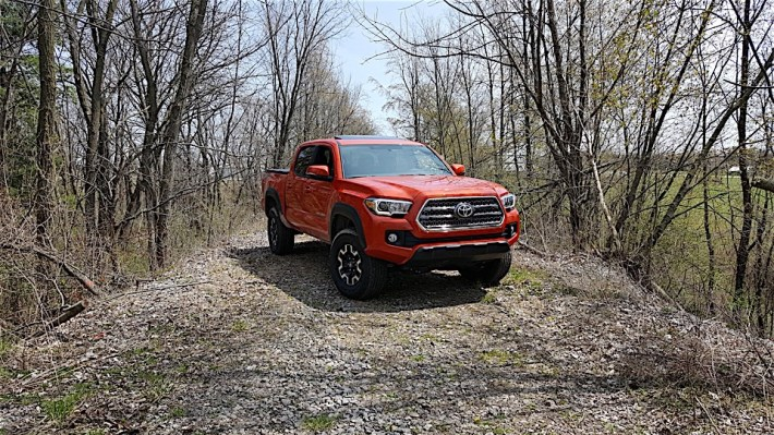 Toyota-Tacoma-Review_1