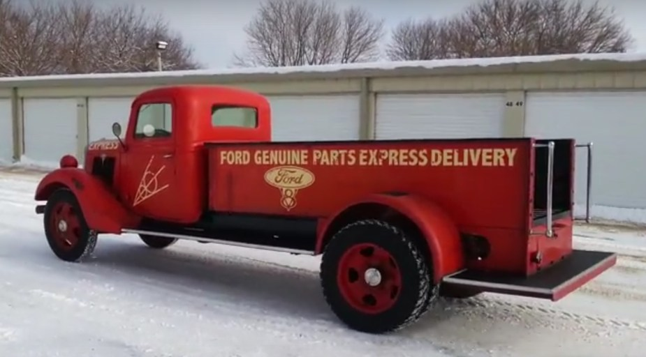 1935 Ford Express