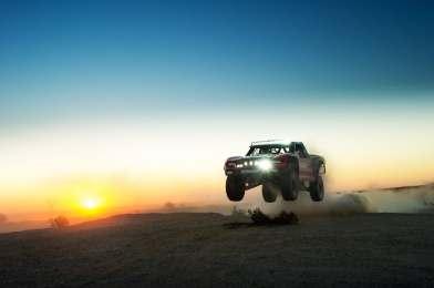 geiser-raptor-trophy-truck-8