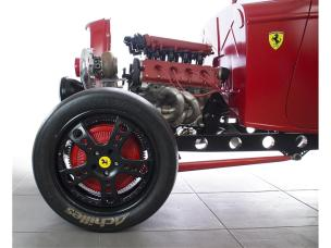 4800004-1932-ford-custom-with-ferrari-turbo-engine-std