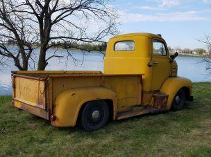 1948 Ford F6 COE
