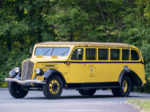 1937-yellowwstone-park-tour-bust-ford-motor-11