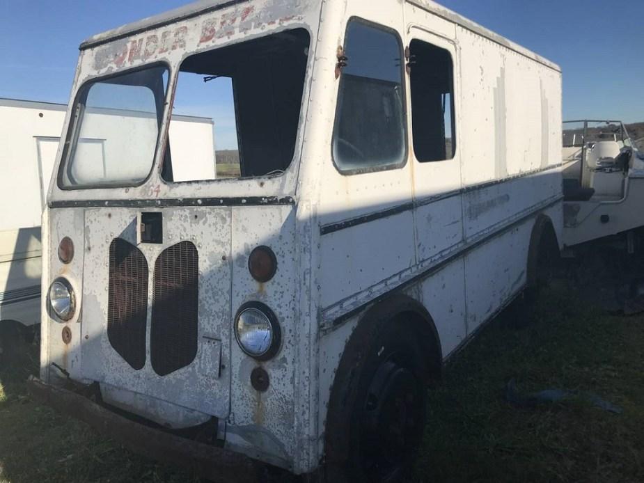 Ford Box Truck