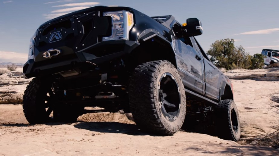 Video) Fab Fours Takes Ford F-350 Super Duty Build to Moab