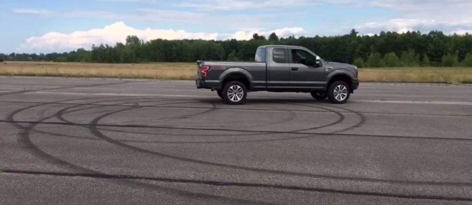 2018 Ford F-150 Posing