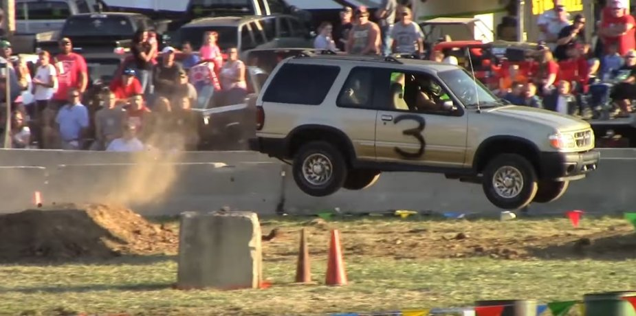 2g Ford Explorer in the Air