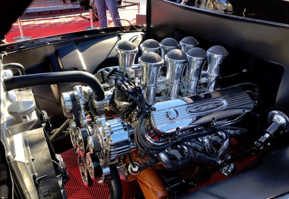 Roush 1955 Ford F-100 Engine