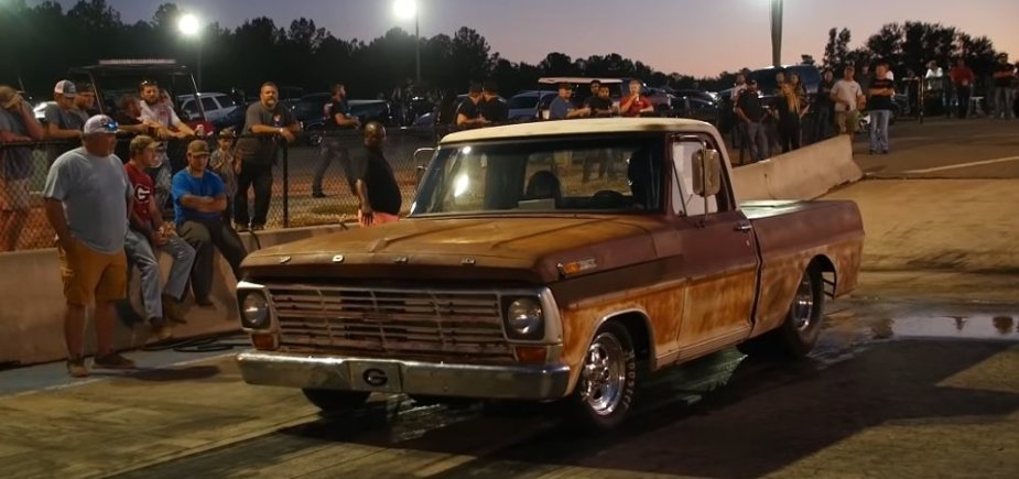 F-100 Race Truck in the Burnout Box