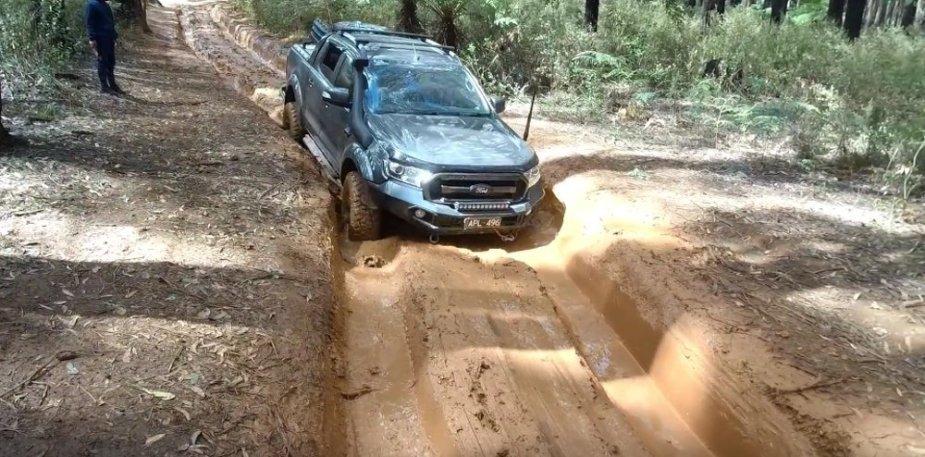 Aussie Ranger Enter Mud