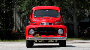 Hulk Hogan 1952 Ford F1