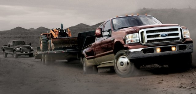 2006 Ford F-350 Pulling a Trailer