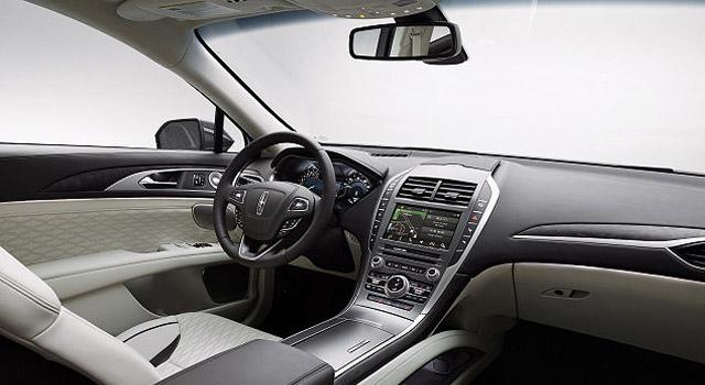 2019 Lincoln MKZ interior