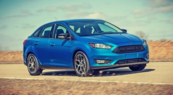 2019 Ford Focus Sedan exterior