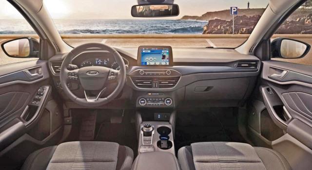 2020 Ford Bronco 4-door version interior