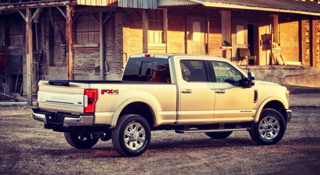 2020 Ford F-350 platinum exterior