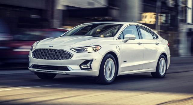 2020 Ford Fusion Energi exterior