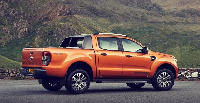 2020 Ford Ranger Wildtrak side