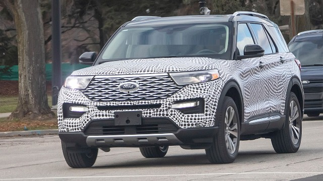 2021 Ford Explorer spy photo