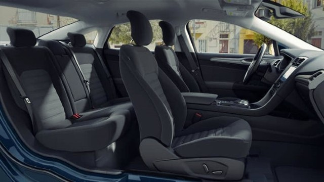 2020 Ford Fusion Hybrid interior