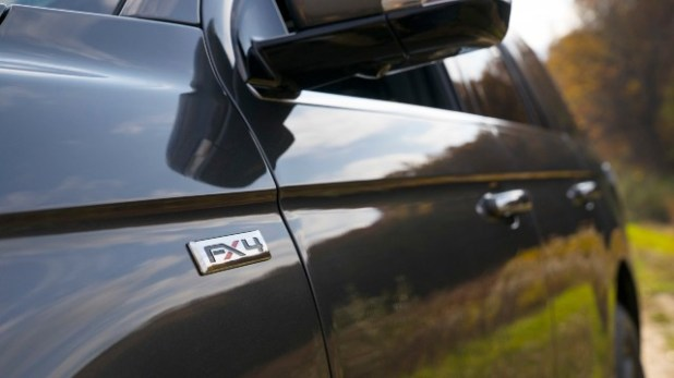 2021-Ford-Expedition-FX-Off-Road-Package-design