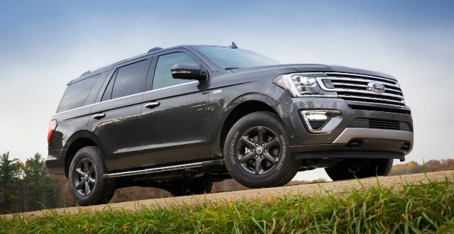 2021-Ford-Expedition-FX-Off-Road-Package-exterior.