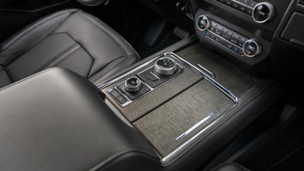 2021-Ford-Expedition-FX-Off-Road-Package-interior