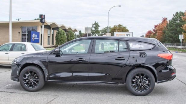 2021 Ford Mondeo crossover